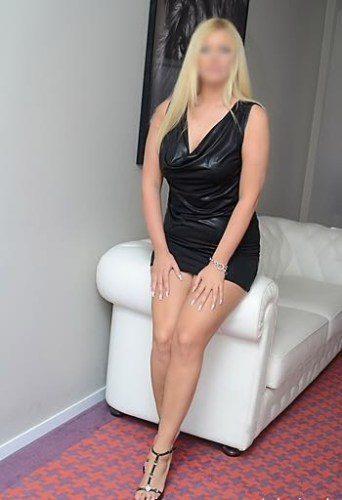 Toroslar Model Bayan Zinnur